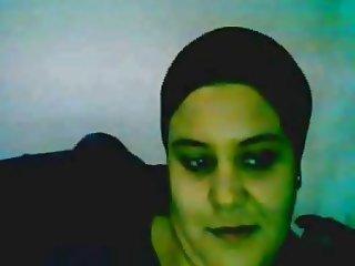 Chubby Horny Tunisian Girl