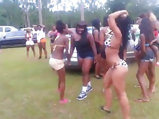 Twerking The Modern Black American Pasttime Ameman