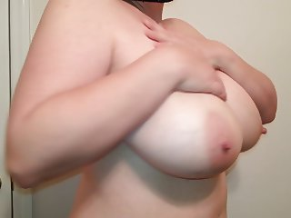 36. G tits bbw slut Lateshay natural boobs