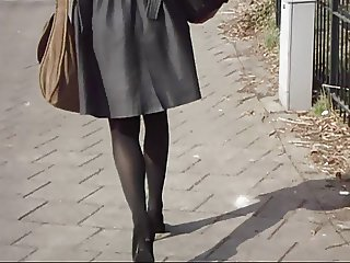 Office Lady Sexy Legs Walking