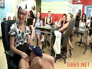 RL GETS FUCKED WHILE HER FRIENDS