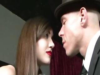 blackhair chick fucked by bald guy