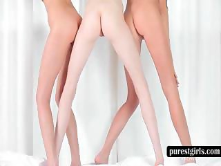 Lesbo trio shows naked slim bodies