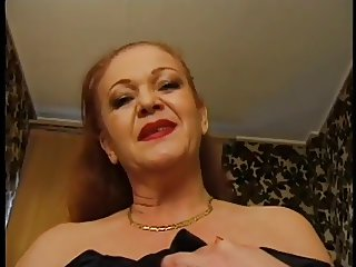 UBBY OLD REDHEAD FRENCH GRANNY