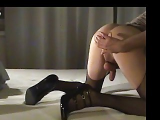 Crossdresser In Skirt Cums On Buttplug