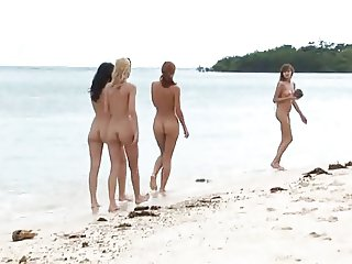 Hot Babes on a hot Island