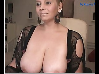Amateur Big Boobs Hot Milf Show Webcamera
