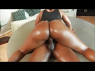 MINI LOVELL BIG BLACK WET ASS