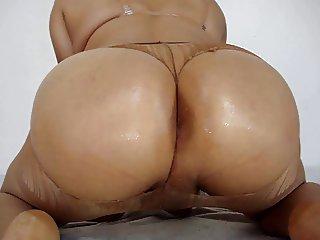 booty dayny 3