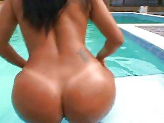 Introducing Camily The real brazilian Ass