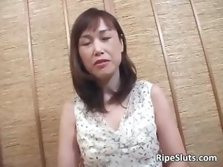 Hot mature Asian slut gets hairy pussy part5