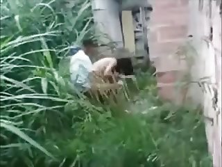 Brasilena tetona la graban a escondidas y se encabrona