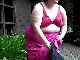 Mature BBW filming herself Outdoor