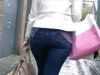NDID TIGHT JEANS ASS