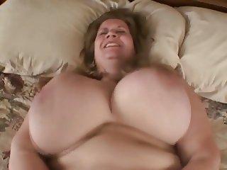 Curvy Sharon