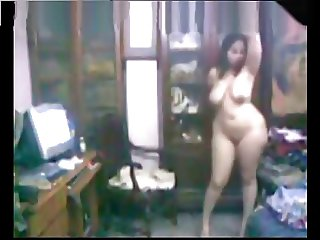 YPTIAN BBW DANCE NAKED