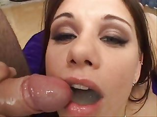 MOUTHS OF CUM Bitch brune