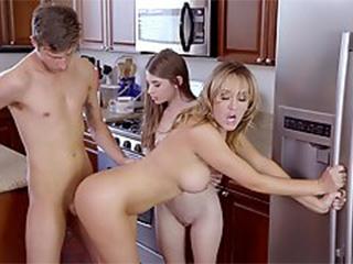 usa+fastim+mom+tube+sex moves