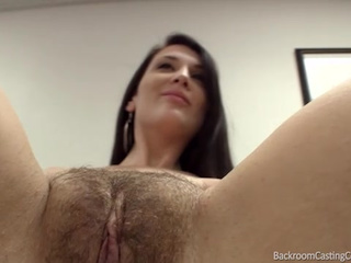IRY CUNT FUCKS ON SATING