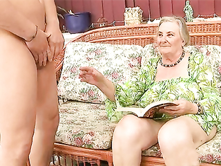Granny with shaking hands really appreciates this young stiff cock