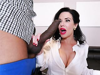 Veronica Avluv in white stockings loves double penetration before she gets her face creamed